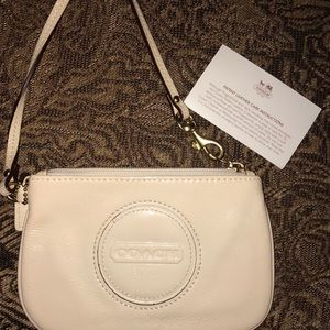 Coach Wristlet (Patent Leather) OBO